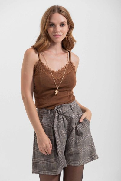 top tulle con pizzo