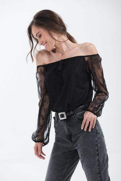 blusa elasticata in pizzo